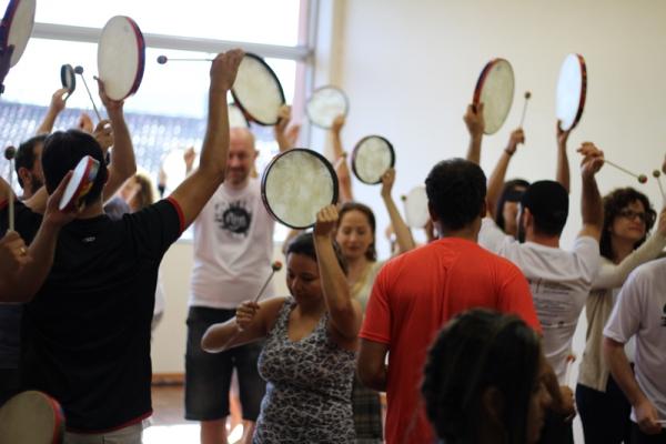 Consultoria em Educação Musical e do Movimento